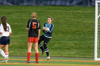 Danielle Pappas makes one of her 7 saves