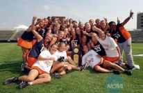 2004 (2nd row, right) celebrates the 2004 title with UVA
