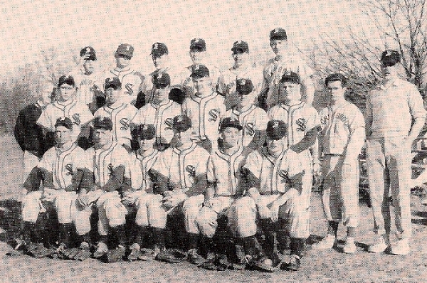 The '57 baseball squad. Saukkonen (2nd row, 5th from left) & Visted (1st row, 2nd from left)