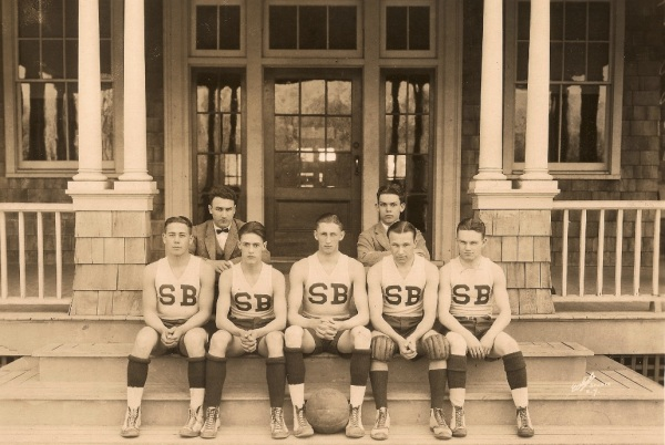 1922 | Our first basketball team.