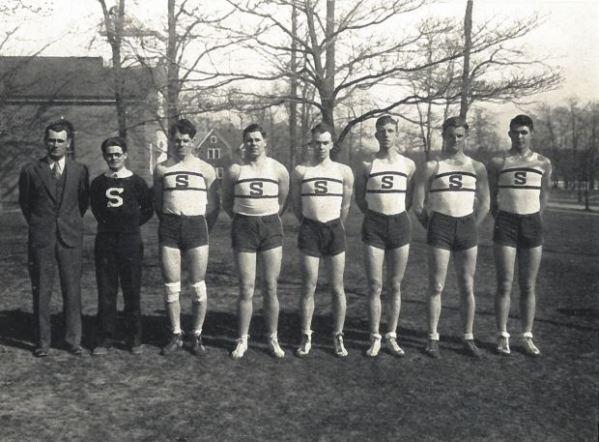 The 1930-31 squad