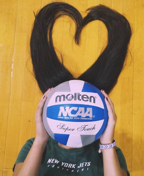 Sammy Petersen illustrates her love for volleyball