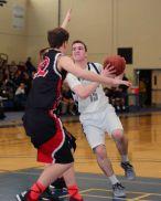 Luke O'Connor attacks the lane