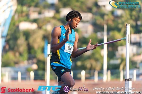 Etienne Carifta 2016 Track B