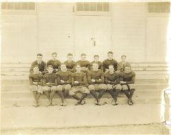 The 1922 football squad