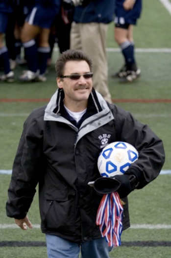 Head Coach Mark Maningo