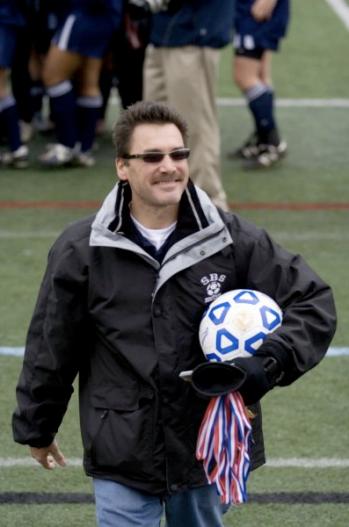 Head Coach Mark Maningo