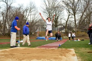 Scanlon nabbed 2nd in the long jump