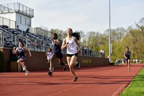 Barbacena beats Ross to the line for 2nd in the 100m